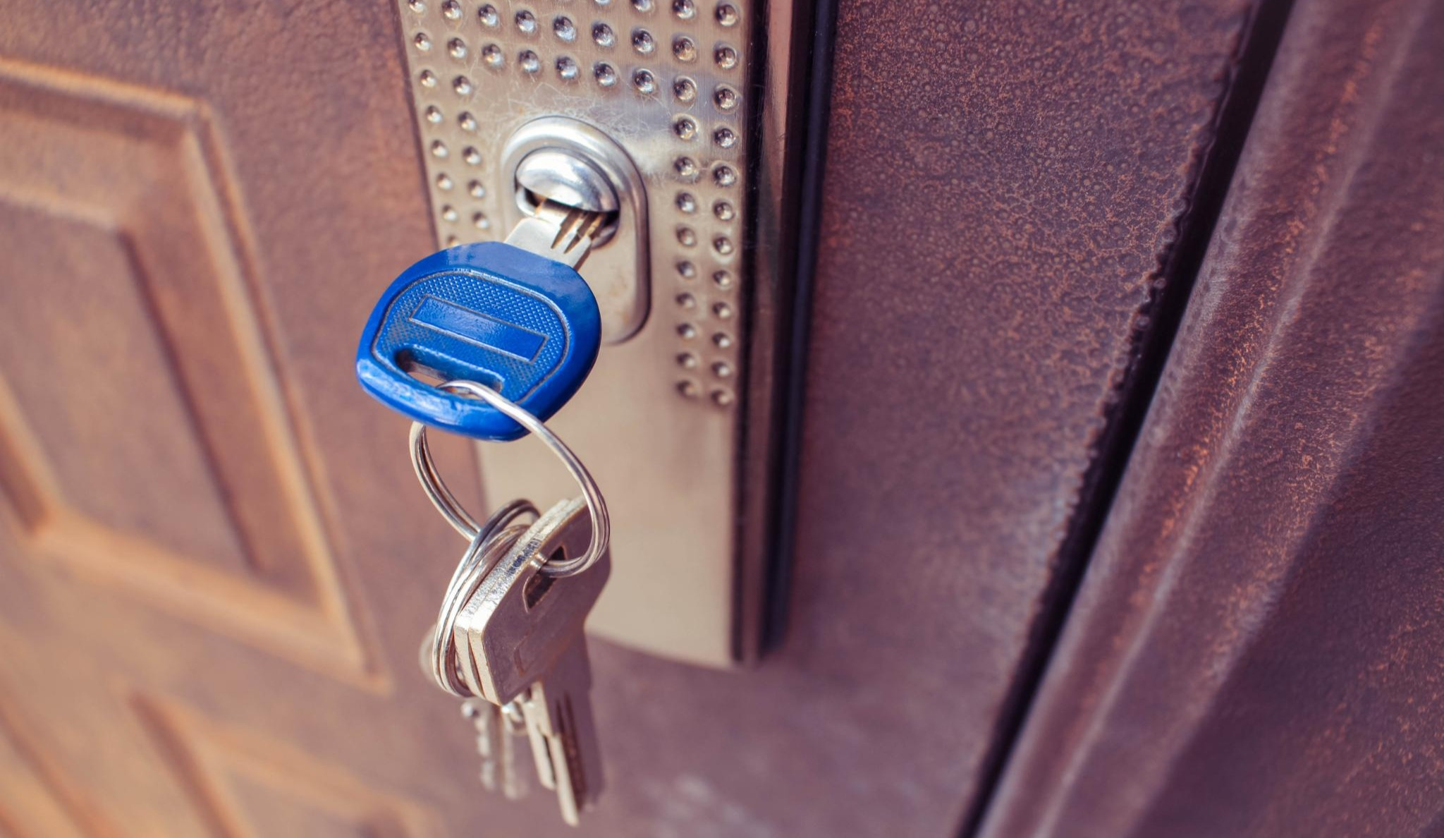 Door with Keys | Commercial Locksmiths in Piscataway, NJ